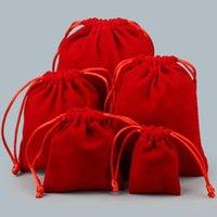 DIFERENTE TAMAÑO JOYERÍA BOLSA DE REGALO DE COLOR ROJO Color de terciopelo Pulseras Colgante Collar Pendiente Pouches Packaging Decoración de la fiesta de boda