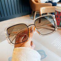 Occhiali da sole Oloey Grande quadrato Donne Champagne Colore Trendy Fashion Brand Designer Sunshade Eyewear Glasses Guida UV400 Oculos