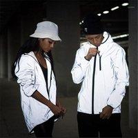Соответствующие наряды Светоотражающая куртка Мужчины Harajuku Windbreaker Jogger Куртки с капюшоном Женщины Хип-хоп Ночь блестящей возлюбленной Пальто