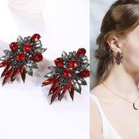Saplama Kadınlar Moda Abartılı Faux Kristal Rhinestone Kulak Küpe Tam Trend Kırmızı Halı Büyük Takı