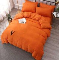Neueste Baumwollbettwäsche-Sets Brief gedruckt Flachblech Duvet Cover Kissenbezug European Style Designer Massive Farbe Größe