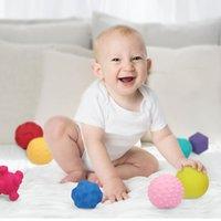Baby Toys 0 12 أشهر طفل رضيع لعبة حشرجة عضاضة Teetheing Handbell حشرجة الحمام الاستحمام لعبة للبنات 1 سنة