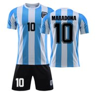 Männer Maradona Argentinien 10 T-shirt Retro Vintage T-shirt Napoli Fußball-Stil Tops 1986 1987 1988 Diego Armando Classic Coppa Anzug 210421