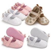First Walkers Soft PU-Leather Baby Princess Shoes Born Girls Moccasins Sole Prewalker Non-slip Hollow Bow-knot