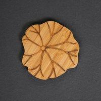 Tabla de bambú natural Taza de taza de taza de taza de taza de té retro Lotus Talla ecológica Aislamiento de calor redondo Aislamiento de té 618 R2