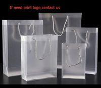 Kosmetische 8 größe mattierte pvc plastik geschenkbeutel mit griffe wasserdichte transparent tasche klare handtasche party favors benutzerdefinierte logo