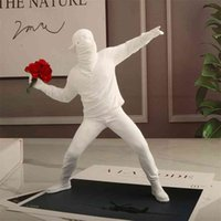 Resin Statues Sculptures Banksy Flower Thrower Statue Bomber Home Decoration Accessories Modern Ornaments Figurine Collectible 210827