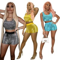 Ropa de mujer Trajes de chándal Yoga Shiny Sexy Slim 2pcs Casual Sports Set Step Top + Short Outfit Yogawear Tacksuit Sweatsuitsuits