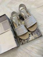 أحدث منصة الصنادل النساء مصمم الأحذية، الأزياء واسعة شقة espadrille الصيف في الهواء الطلق السببية حبل الكاحل حزام