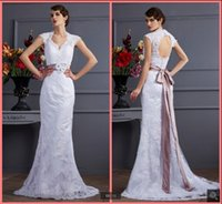 2021 New Arrival white tulle mermaid wedding gown lace appliques cap sleeve v neckline open back sexy flower bridal gowns summer beach reception bride dress