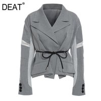 Women's Jackets DEAT Notched Collar Full Sleeves Gray Color Contrast High Waist Short Patchwork Belt Trench Coat Female Top WO53102
