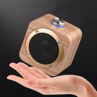 Q1B Altavoz portátil de madera Bluetooth 4.2 Altavoces de bajo inalámbrico Reproductor de música incorporado 1200mAh batería 2 colores