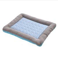 Esteira de refrigeração de verão almofada de gelo tapetes de dormir s gatos pet canil kennel qualidade de seda fria legal para cachorro