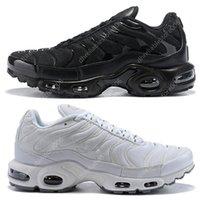 أحذية TN plus se رجل الاحذية أحذية رياضية ثلاثية أسود أبيض تنفس الرجال النساء أزياء الرياضة المدربين في الهواء الطلق حجم اليورو 36-46