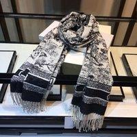 2021WN Design classico Sciarpa di cashmere per uomo e donna Inverno Cashmers Sciarpe Big Letter Pattern Cashmere Pashminas Scialle scialle
