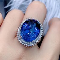Big Ovale 7 Blue Cristal Bleu Saphir Topaze Gemstones Diamant Anneaux pour Femme Blanc Gold Argent Color Party Bijoux Bague Bague Cadeau