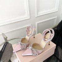 Mach Satin Bow Pompes Cristal Embellis Soirée Soirée Chaussures Stiletto Talons Sandals Femmes Grandes Designers de Luxe de Luxe Chevle Strap Robe Chaussure Chaussure d'usine