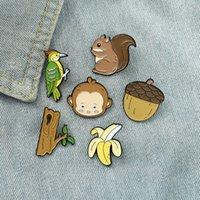 Forest Animal Smalto Pins Monkey Banana Scoiattolo Scoiattolo Pigne Woodpecker Trunk Brooch Badge Badge Borsa Gioielli Regalo per Kid Friend 0401