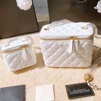 Diseñadores de lujos bolsas cadena de vanidad oro clásico perla aplastamiento hombro cruz cuerpo cuadrado caviar cámara cosmética caja hardware bolso de mensajero de un hombro