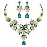 Orecchini Collana Treazy Classic Design Green Crystal Bridal Jewelry Set Gold Color Floral Waterdrop Donne Set da sposa Set di nozze