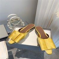 2021 Mode Fliege Semi-Hausschuhe Roman und Chic Quadratischer Bogen Mode Temperament Square Kopf Sandalen High-End-Seide-Flachsohlen-Hausschuhe