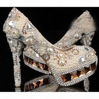 Marfil blanco Cristal y perla Toe Round Toe Bridal Boda Zapatos de boda Diamante Tacón alto Mujer Vestido Zapatos Magníficas Zapatos de fiesta de la dama