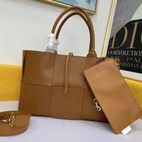Brand Handbag Ladies Designer Totes tejidos Moda de lujo Bolso de hombro negro de alta calidad Bolsos de vaca de alta calidad Classic Casual Capacidad de gran capacidad Busi