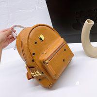 21SS Moda Sırt Çantaları Stil Tasarımcı Öğrenci Çantaları Okul Çantası Liuding Dekorasyon Ile Klasik Mektup Baskı Sırt Çantası Yüksek Kalite