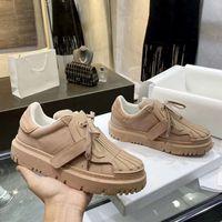 Yaz Kabuk Başkanı Ayakkabı Kalın Tabanlı Sneakers ACE Dana Eğitmenler Mektup Baskı Tasarımcıları Ayakkabı Beyaz Lace Up Sneaker Kutusu Ile