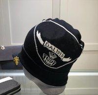 Yüksek Kalite Kova Şapka Erkekler Için Kadınlar Kadınlar Için Örgü Kap Moda Moda Pamuk-Karışımı Beanie Kış Kulak Muffs Caps Hip Hop Stingy Brim Şapkalar