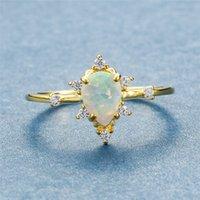 Niedliche weibliche weiße Feuer Opal Ring Minimalist Silber Gelbgold Wassertropfen Verlobungsring Versprechen Liebe Ringe für Frauen