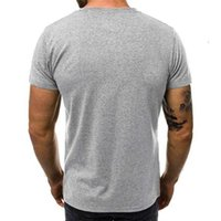 Erkek T-Shirt Kol Nefes Tops Yaz Giyim Kırmızı Siyah Mektup Baskılı Degrade Erkek Tshirt Casual 0kpt