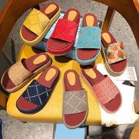 Роскошный дизайнер женщины сандал холст платформы тапочки настоящие кожаные бежевые кирпичные красные цвета пляжные скольжения тапочки на открытом воздухе классические сандалии с коробкой размером 35-42