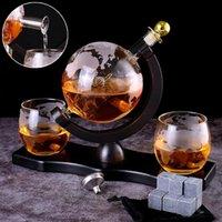 6pcs / set Whisky Decanter Dispensador de globo para licor Bourbon Vodka con stand de madera terminada 900ml copas de vino