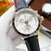Top Full Functional Men Watches 42mm High Quality Gift Japan Quartz Movement Watch Leather Strap Mens Wristwatches , montre de luxe orologio di lusso