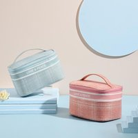 Storage Bags Retro Cosmetic Bag Girls Large Capacity Portable Makeup Pouch Travel Toiletry Organizer For