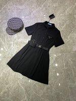 2021 дизайнерское досуг платье женщин юбка парижская мода неделями без ограниченного издания перевернутый треугольник логотип значок на груди отворота