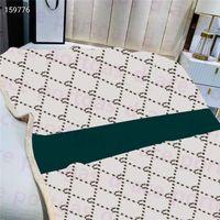 Lettres rayures Couverture 150 * 200cm Hiver Chaud Flanelle Thread Couvertures Accueil Office Summer Sofa Chaise Double Lit Climatisation