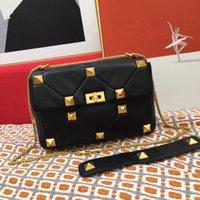 Moda Luxurys Tasarımcılar Omuz Çantaları Kadın Crossbody Hakiki Göğüs Paketi Bayan Tote Çanta Çanta Koyun Deri Zincir Saplama Çantası
