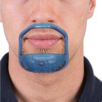 5pcs / lot Beard peigne de la brosse à cheveux Coupe symétrique Coupe de moustache Modèle de coiffage de la barbe pour la mise en forme de la barbe