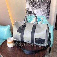 2021 Luxurys 디자이너 어깨 가방 고품질 남성 레이저 여행 가방 원래 가죽 대용량 Duffel 가방 핸드백 45cm