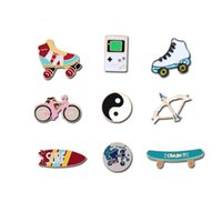 Tai Trendy Surfboard Sports Chi Brooches Skateboard Taoism Game Machine Roller shoes Bicycle Travel World Badges Pins Coin Gifts
