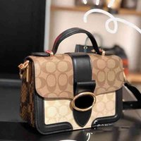 Women Luxurys Designers Bags 2021 style Yang Zi same type small size Geo Crossbody Bag Zhouzhoubao123 designer handbags Purse Wallet Handbags