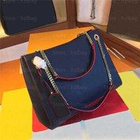 Sacos de desenhista de luxo Surene MM Chain Tote Bolsa Vermelho e Marinho Azul Gravado Suplemo Greened Greened Cowhide Ombro de couro com nome Tag Wallets