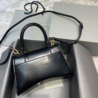 정품 가죽 여성 일반 가방 핸드백 럭셔리 브랜드 디자인 및 악어 패턴 하이 엔드 어깨 메신저 가방 2021 봄