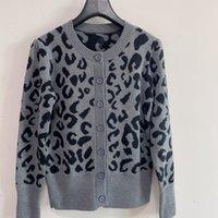 2021 bayan kazak giyim uzun kollu leopar desen hırka zekâ düğmeleri tasarımcı markalar kazak örgü gömlek