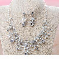 Brautparty Kristall Strass Halskette Set luxuriöse Hochzeit Schmuck Sets Hohe Qualität Glinning Ohrringe Tiaras Silber überzogen