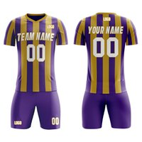 Customized Men's Soccer Outfits for Outdoor Playing Heat Printing Team Name Number Soft Breathable Jersey and Shorts for Men Kid