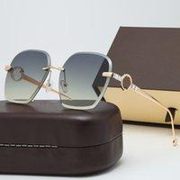Partihandel Vintage Solglasögon Kvinnor med väska Twin Beams Round Glasses Märke Designer Metal Ram Shades Sun Glasögon