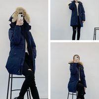 최고 품질의 코트 여성 두꺼운 진짜 늑대 모피 후드 여성의 슬림 자켓 겨울 파카 신사 숙녀 긴 파카 디자이너 후드 티 재킷 따뜻한 코트
